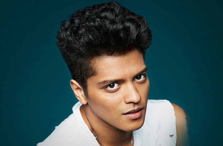 """Lucky for you, that's what I like"": Bruno Mars and his emotionally intelligent subversion of heterosexual (hyper)masculinity"